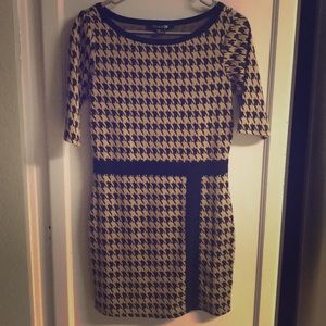 Tops - Forever 21 Brown Pattern Blouse Dress Top M